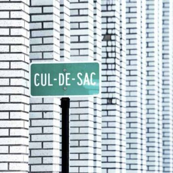 San Marcos Real Estate - City street sign for a cul-de-sac