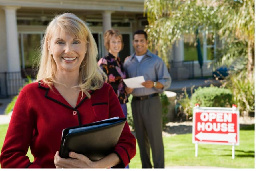 Why You Need a Professional Real Estate Agent in San Marcos to Sell Your Home